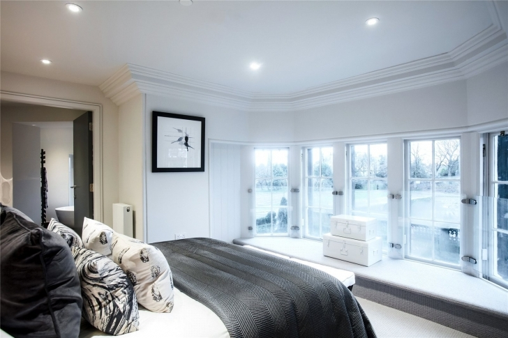 Brilliant Property For Sale In Edinburgh West | Rettie & Co Five Bedroom Flats To Rent In Glasgow Photo