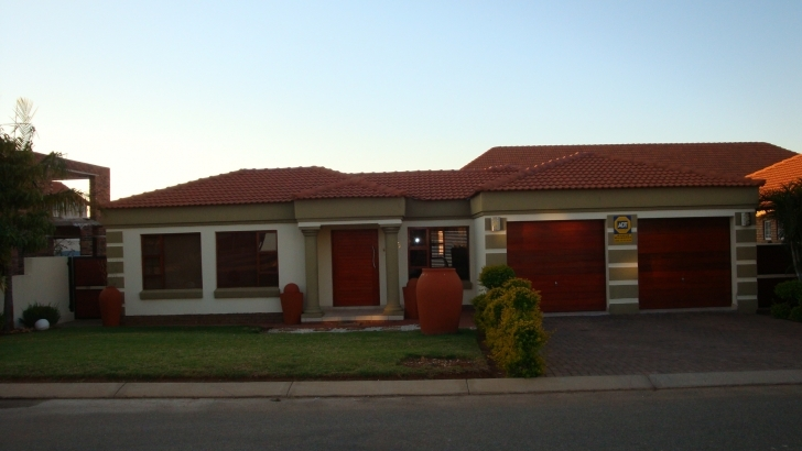 Interesting 4 Bedroom House For Sale In Polokwane Polokwane House Plans Image